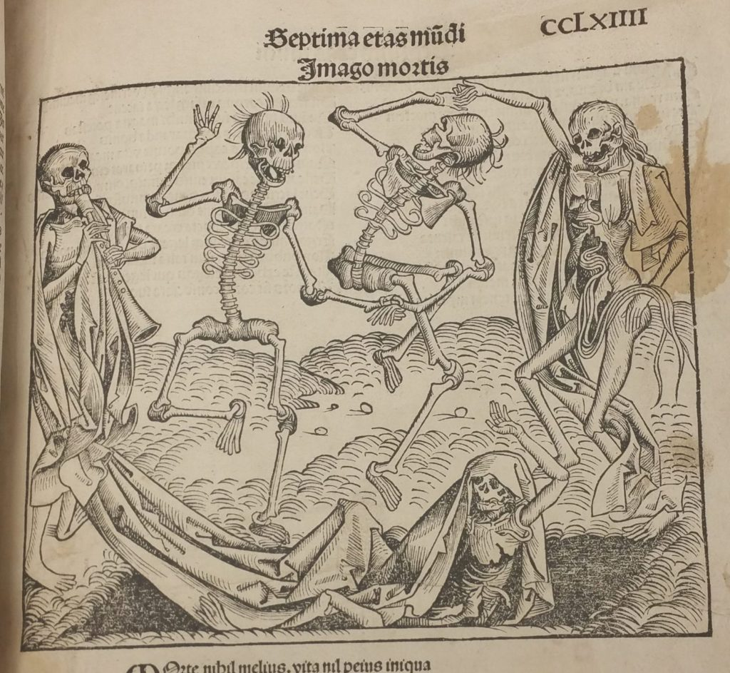 Five skeletons dancing